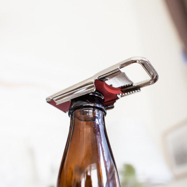 Beer opener AND a bottle sealer! Girls Who Like Beer