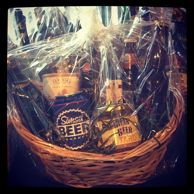 Sunset  Beer Company, Echo Park, Beer Basket   Girls Who Like Beer